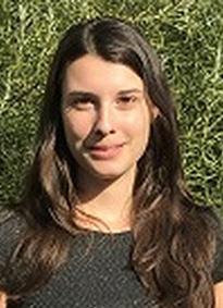 Lea Rambaud-Lavigne, étudiante en thèse qui a présenté ses recherches sur le développement des plantes grâce à une bourse de voyage de la SFBD
